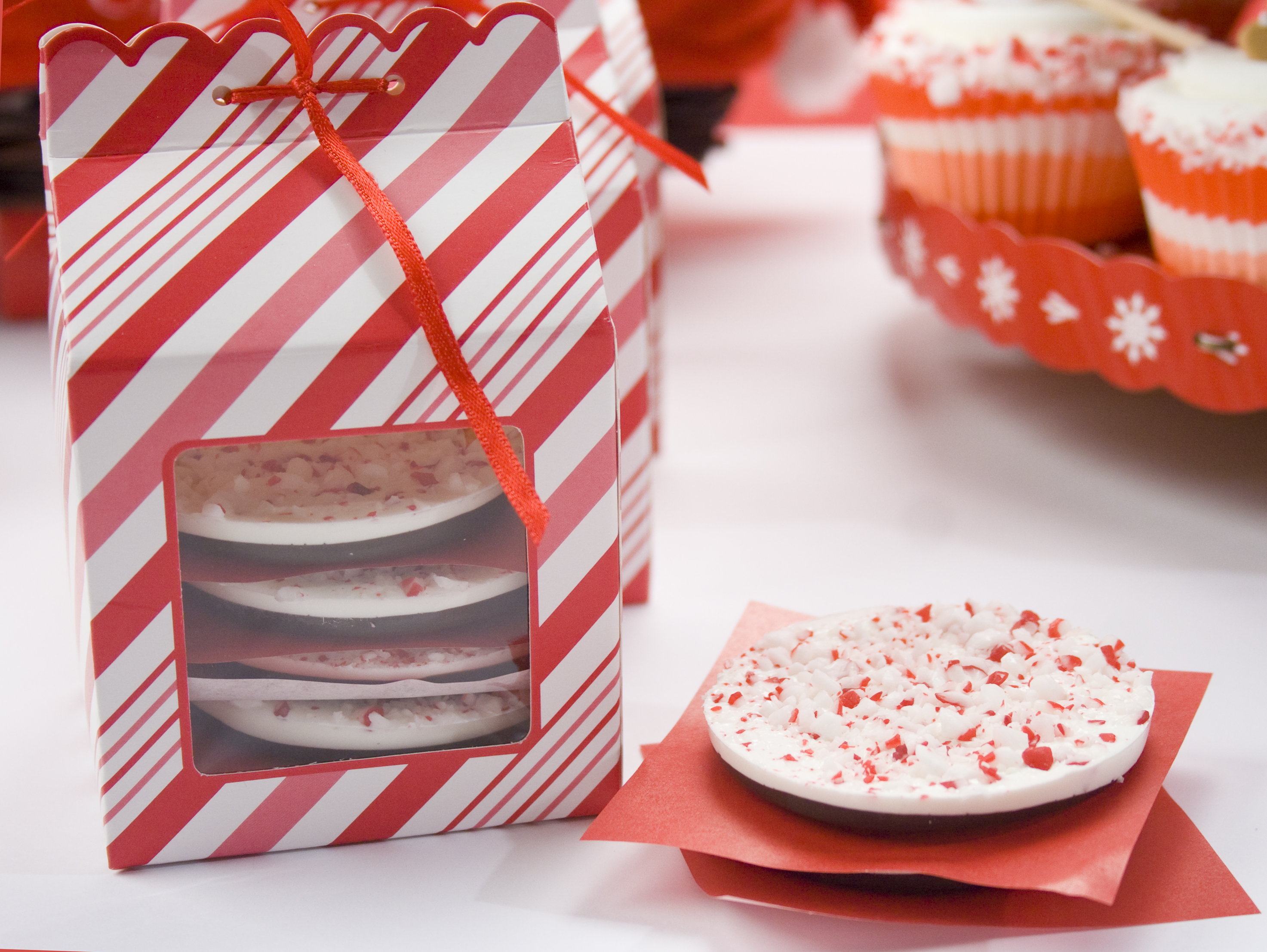 Sweet Christmas- Candy cane and cupcake theme